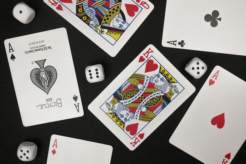 Poker Card Game Rules in Texas Hold 'em