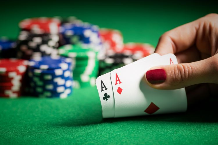 Poker Bet Strategies You Must Know
